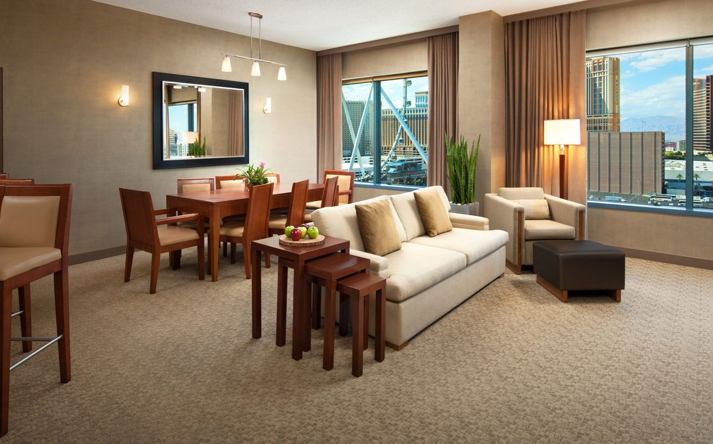 las vegas hotels with two bedroom suites